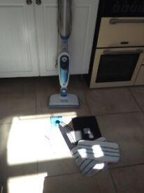 Steam floor mop Black & Decker