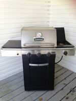 MOVING SALE - MUST GO Cuisinart Gourmet 600B Propane BBQ