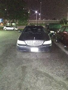 2006 Lincoln Town Executive L2