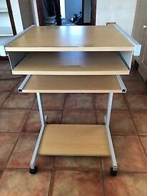 Computer table workstation, on wheels with a shelf