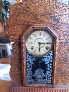 ANTIQUE GINGERBREAD Kitchen Clock North Shore Greater Vancouver Area image 1