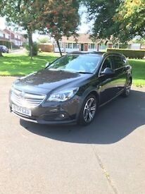 Black Vauxhall Insignia Country Estate