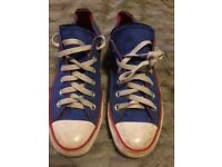 BLUE CONVERSE SIZE 6 USED