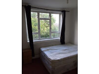DOUBLE ROOM BETWEEN VAUXHALL - STOCKWELL - BATERSEA - £650 PCM - ALL BILLS