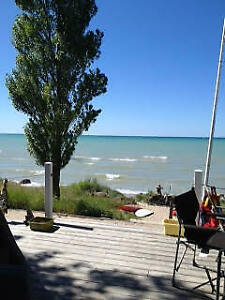 HURON-KINLOSS, BEACH BEACH LAKEFRONT COTTAGE