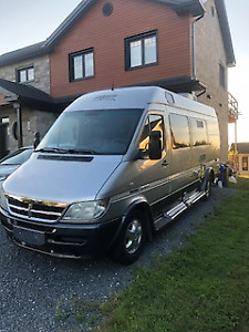 2006 VR DODGE LEISURE 2500 SPRINTER