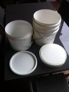 4 x 10L Commercial plastic buckets with lids Mount Gravatt Brisbane South East Preview