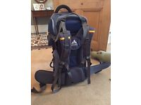 Good condition Vaude baby carrier jolly comfort backpack in navy blue