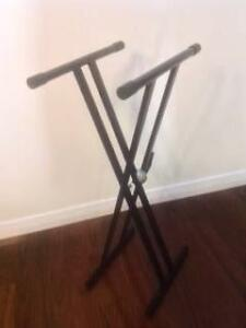 Keyboard Stand: Adjustable double X frame Wembley Downs Stirling Area Preview