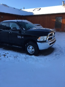 Dodge Dually 3500 Diesel with low Kms
