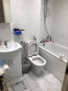 LOVELY PURPOSE BUILT STUDIO AVAILABLE IN GUILLEMONT COURT, RAVEN CLOSE, COLINDALE, NW9 5BH