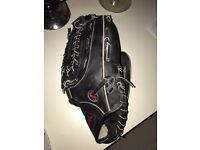 "SPALDING BLACK LEATHER POCKET 13"" BASEBALL MITT GLOVE COMPETITION SERIES SC17-B BRAND NEW WITH TAGS"
