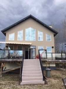 Weyakwin Lake - Beautiful Lake front cabin for rent, sleeps 10.