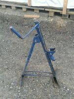 Antique car bumper jack