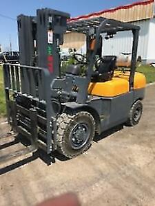 NEW 10000lb ATF / Vimar Solid-Pneumatic FORKLIFT.