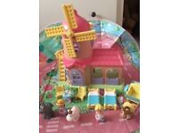 Happyland Windmill, 2x chairs, 1 table, 2 x beds, horse, donkey, 2 x characters
