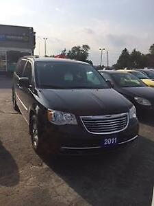 2011 Chrysler Town & Country Touring Edition