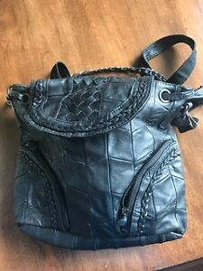 Leather pack pack purse