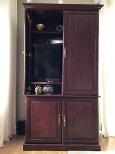 Armoire télévision ou rangement, portes retractables