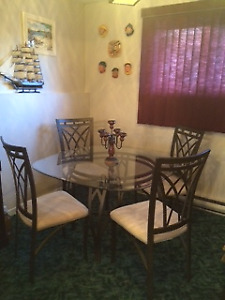 Dining Room Glass Table & 4 Chairs