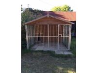 Kennel-large single with run-Reeves Blenheim-solid wood and galvanised steel-excellent condition