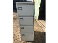 4-drawer filing cabinet (grey metal)