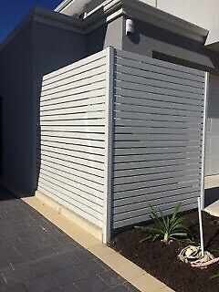 Slat gates and fencing