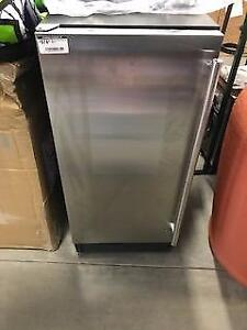 Maxx Ice 14 in. Freestanding Ice Maker with 25 lb Ice Storage