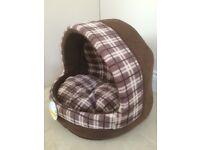 Igloo Cat/Dog Bed