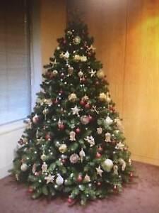 7.5ft Xmas tree and Decorations