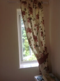 Dunelm curtains, as new 9 pairs