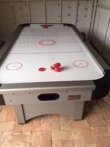 AIR HOCKEY TABLE - 7FT - unwanted Christmas Present Prospect Prospect Area Preview