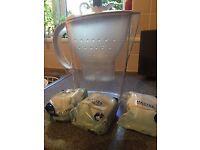 Brita 2 litre water filter jug & 3 filter cartridges