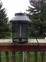 Super Duper Electric Bug Zapper - Sit outside without mosquitos