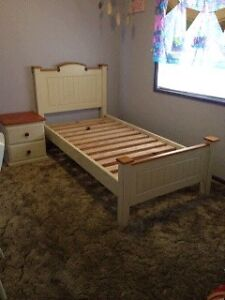 Beautiful cream/ timber solid timber single bed + bedside drawers $180 Lake Albert Wagga Wagga City Preview