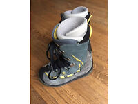 Burton Snowboard Boots and Boots Liner (size UK 8 EURO 42 USA 9)