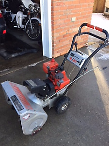 Snowblower ,Great Condition,Electric Start