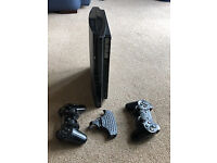 Sony Playstation 3 hardly used, perfect woring order, with 2 handsets, remote keyboard & Eye camera