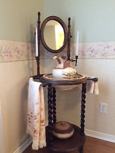Vintage Style Wash Stand