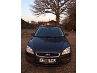 Ford Focus Ghia with low mileage and in excellent condition