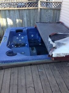 Free HOT TUB for pick up!
