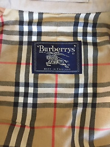 Vintage Burberry Trench Coat | Men's Large