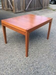 Gorgeous Dining Room Table Seats 4 to 8 (even 10!)