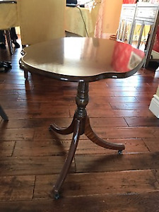Bombay Company pedestal side table