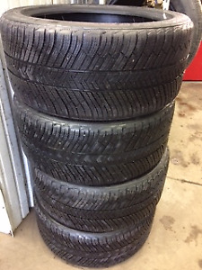 265/40R19 MICHELIN ALPIN