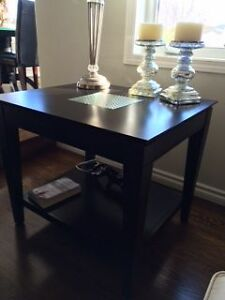 Beautiful dark express coffe and 2 end tables