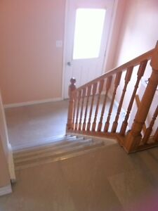 All Inclusive Student Rental 2-3 BR For the Winter & Summer! Kitchener / Waterloo Kitchener Area image 5
