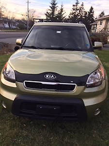 Low Mileage well Maintained  Kia Soul 4u Hatchback