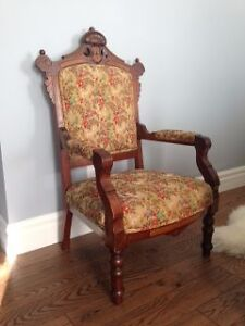 Beautiful Oak Chair