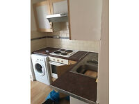 1 Bedroom fully S/c Modern Ground Floor Flat Zinzan Street Town Centre